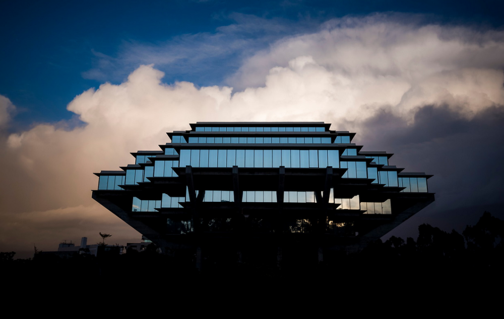 Geisel Library at UC San Diego, Top photo credit: Geisel Library, Erik Jepsen/UC San Diego